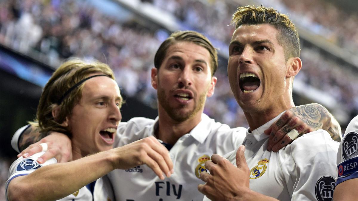 Cristiano Ronaldo celebra uno de sus goles al Atlético. (AFP)