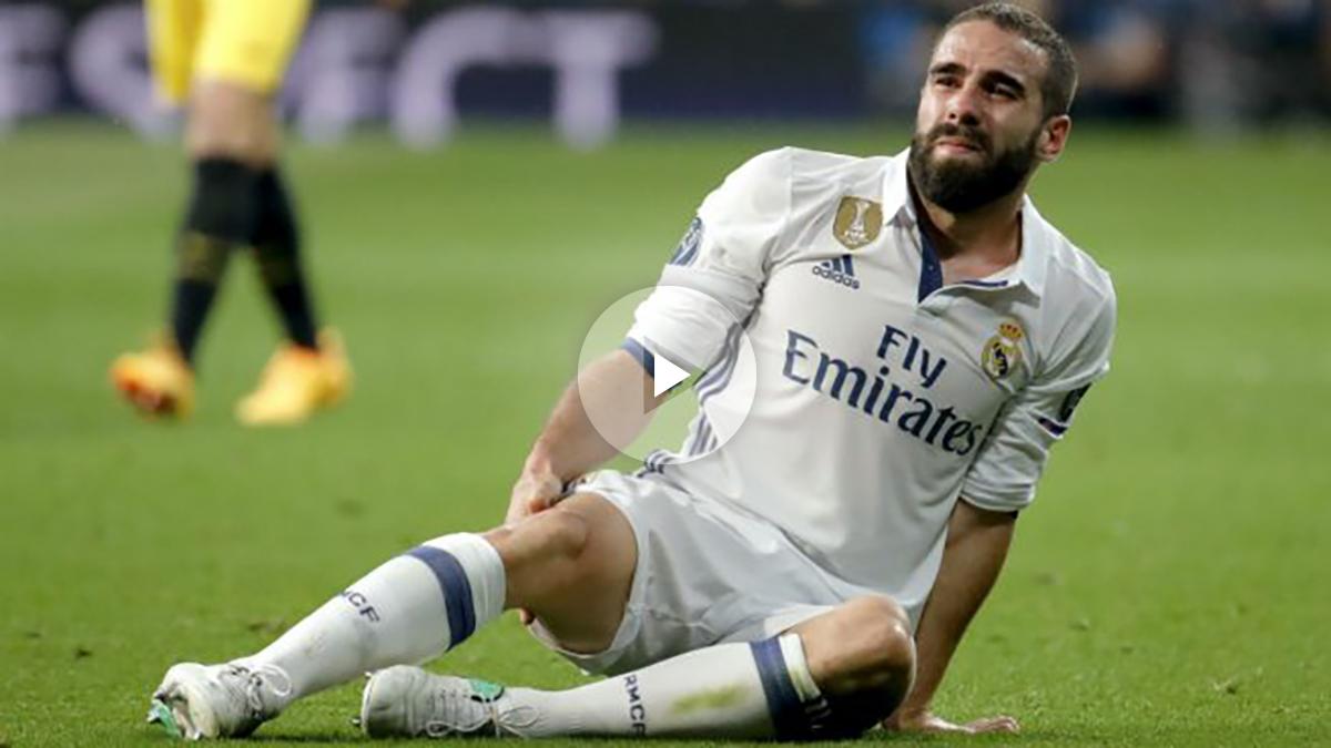 Carvajal, instantes después de su lesión. (EFE)