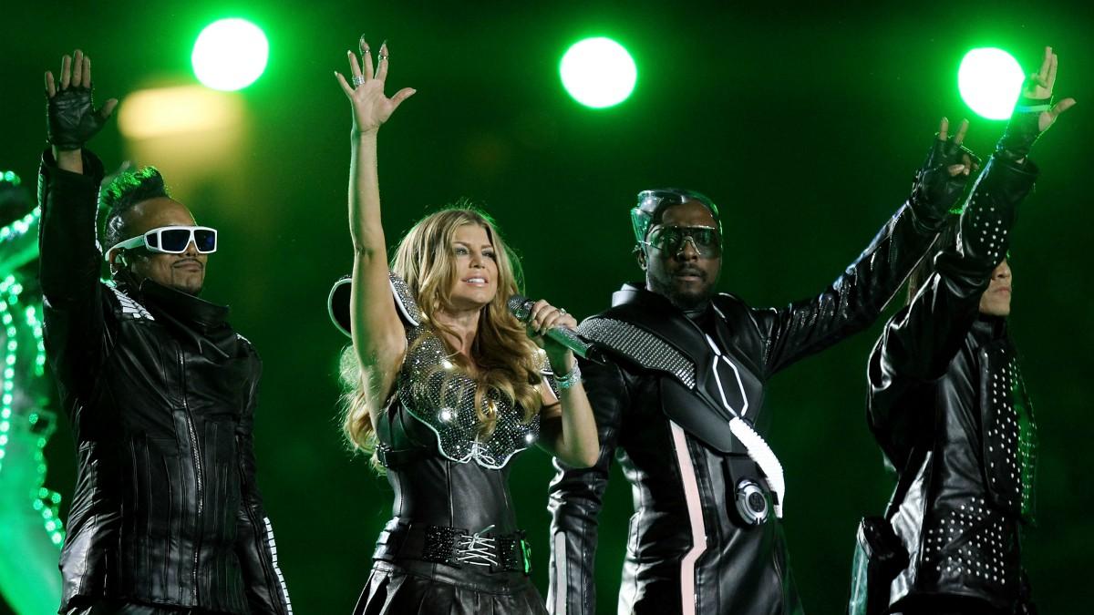 The Black Eyed Peas, en la actuación de la Super Bowl 2011. (Getty)