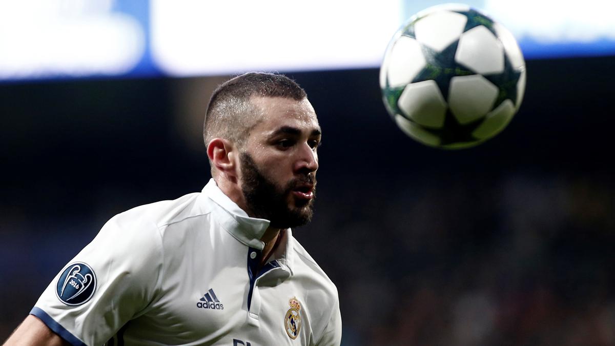 Benzema, durante un partido de Champions League.