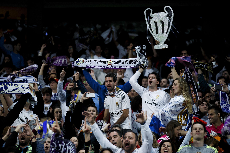 Aficionados del Real Madrid celebran la Undécima. (Getty)