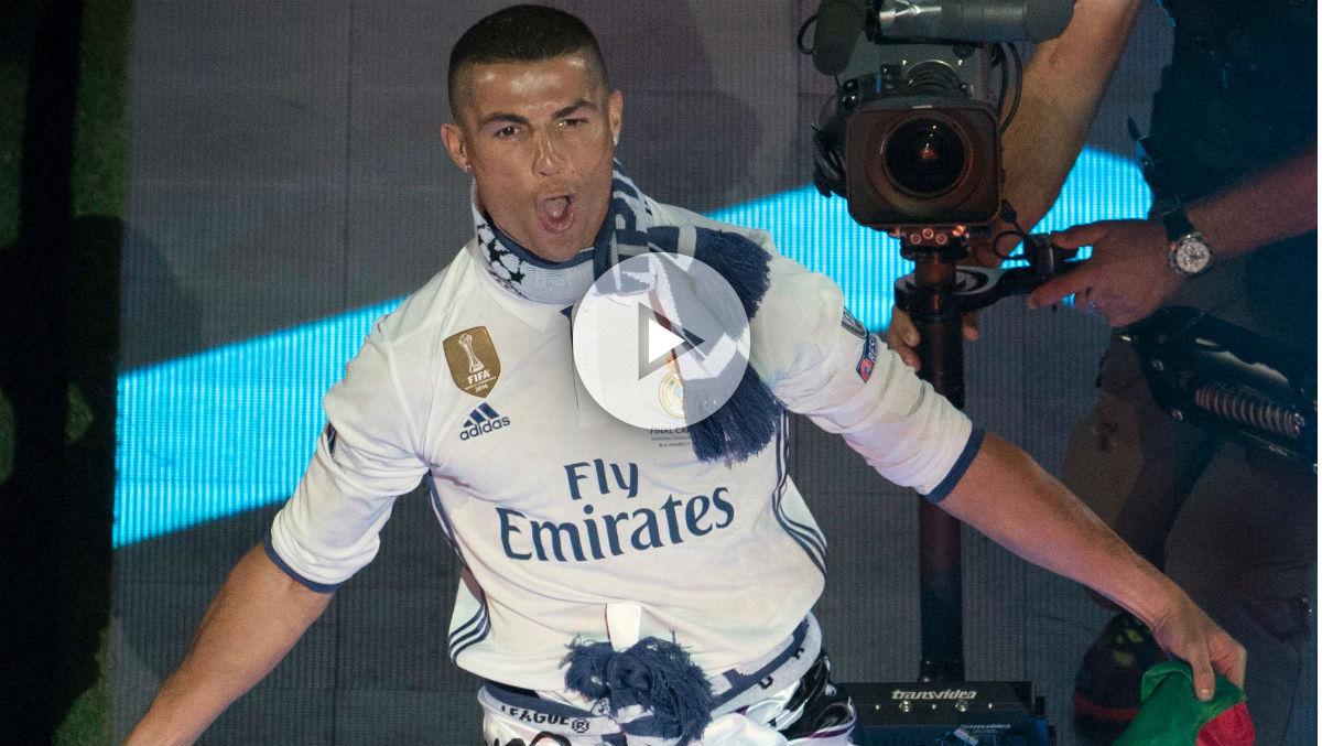 Cristiano Ronaldo habla en el Santiago Bernabéu.