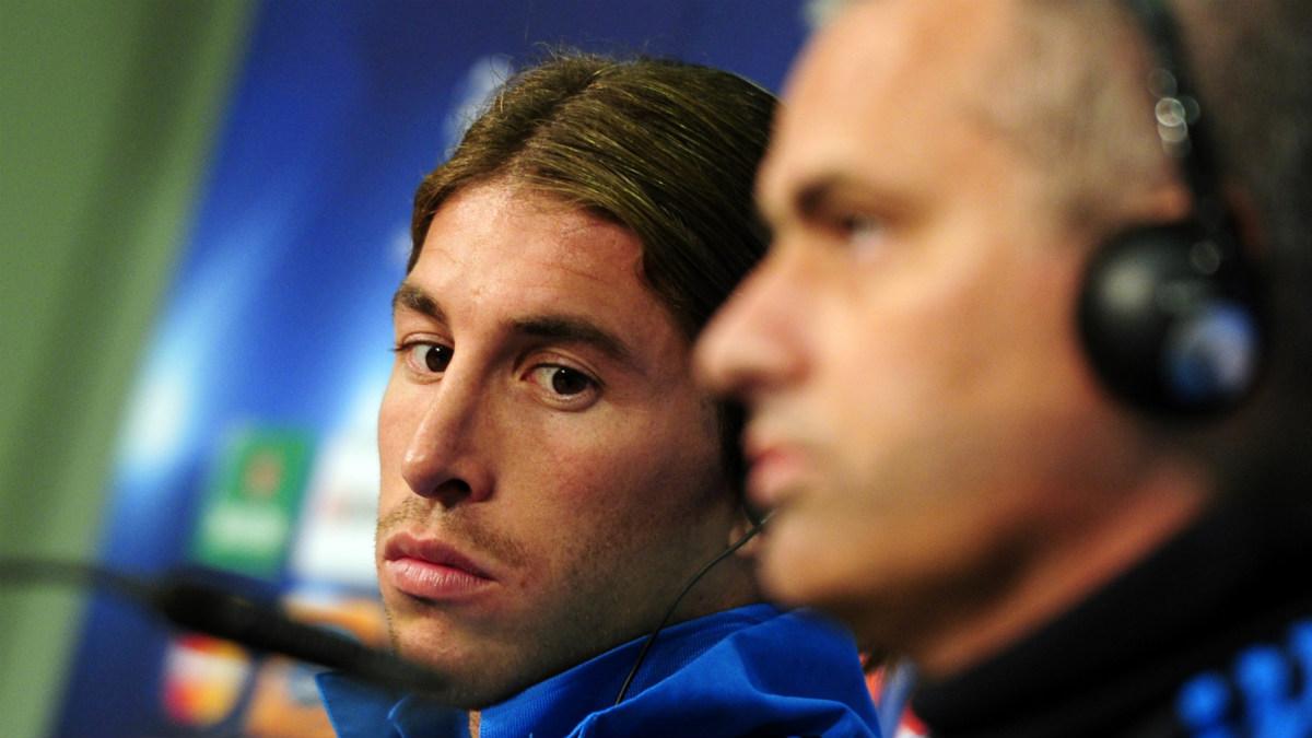 Jose Mourinho y Sergio Ramos, en una rueda de prensa. (AFP)