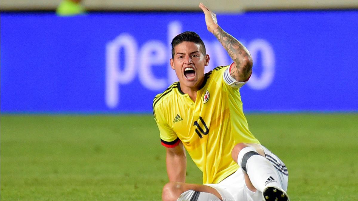 James Rodríguez en el partido de Colombia ante España (AFP).