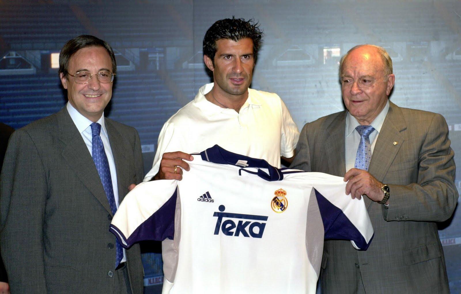 Presentación de Figo con el Real Madrid. (EFE)