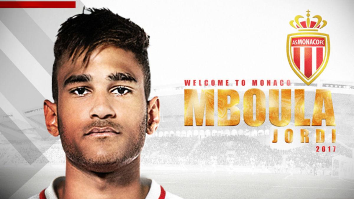 El Mónaco oficializó el fichaje de Mboula.