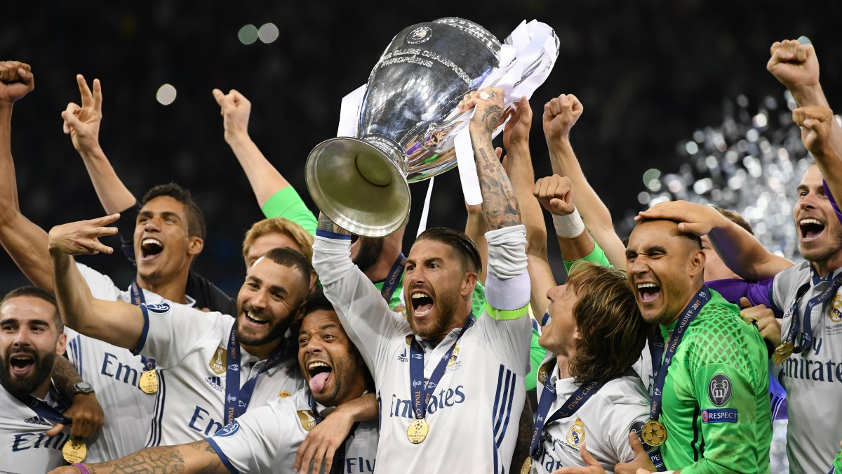 Sergio Ramos levanta la Duodécima Champions League del Real Madrid. (Getty)