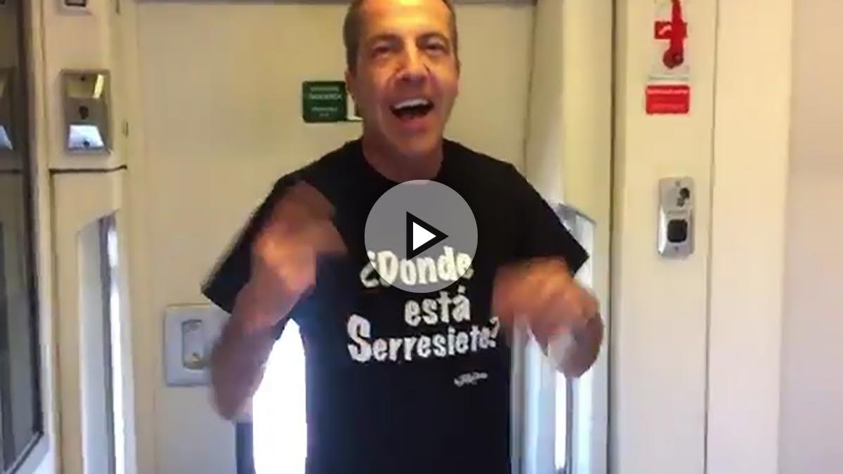 Cristobal Soria se mete con Cristiano Ronaldo con una camiseta que tiene faltas de ortografía.