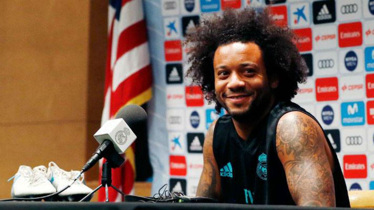 Marcelo durante la rueda de prensa con el Real Madrid en UCLA.