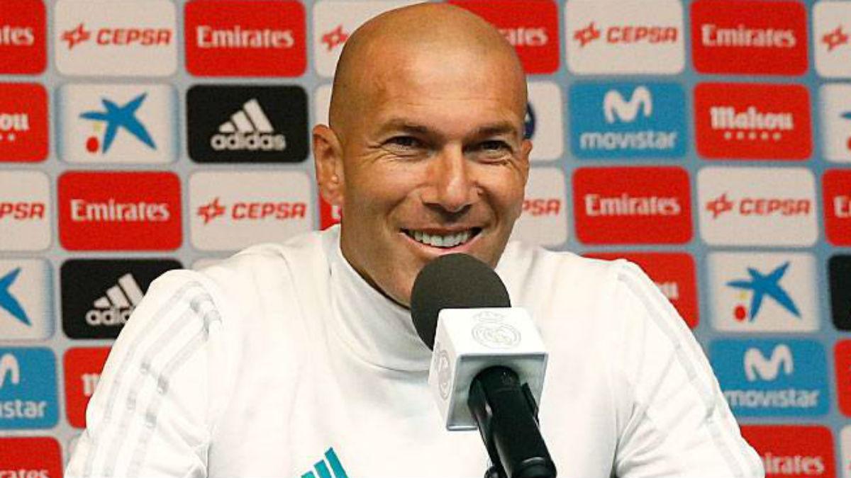 Zidane durante un rueda de prensa del Real Madrid. (Realmadrid.com)