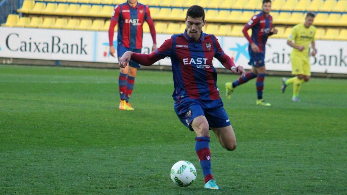 Arturo Molina, cerca de convertirse en jugador del Castilla.