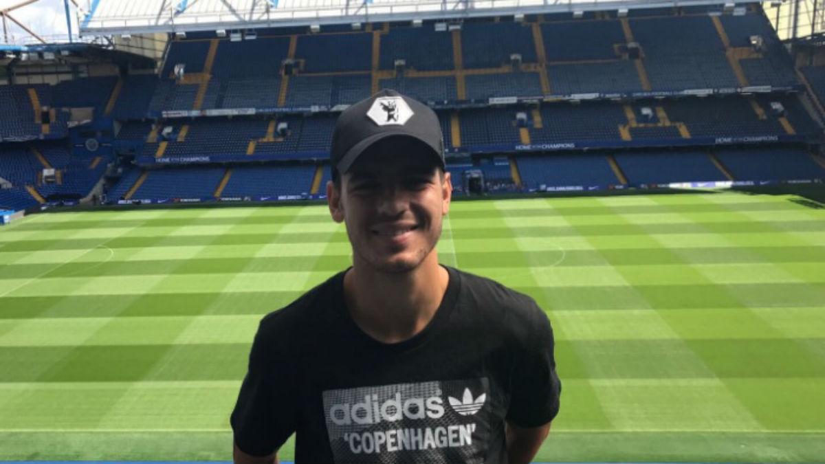 Álvaro Morata en la visita a Stamford Bridge (Twitter).