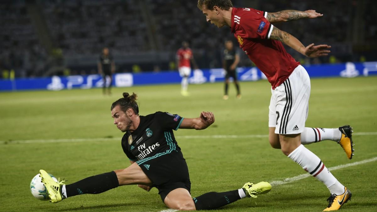 Bale, en un instante del encuentro frente al Manchester United. (AFP)