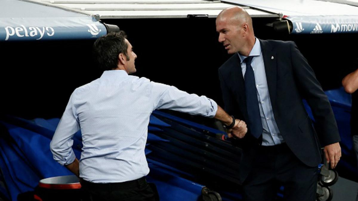 Zidane se despide de Valverde tras la victoria del Real Madrid (Getty).