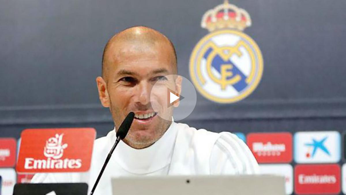 Zidane durante una rueda de prensa. (Realmadrid.com)