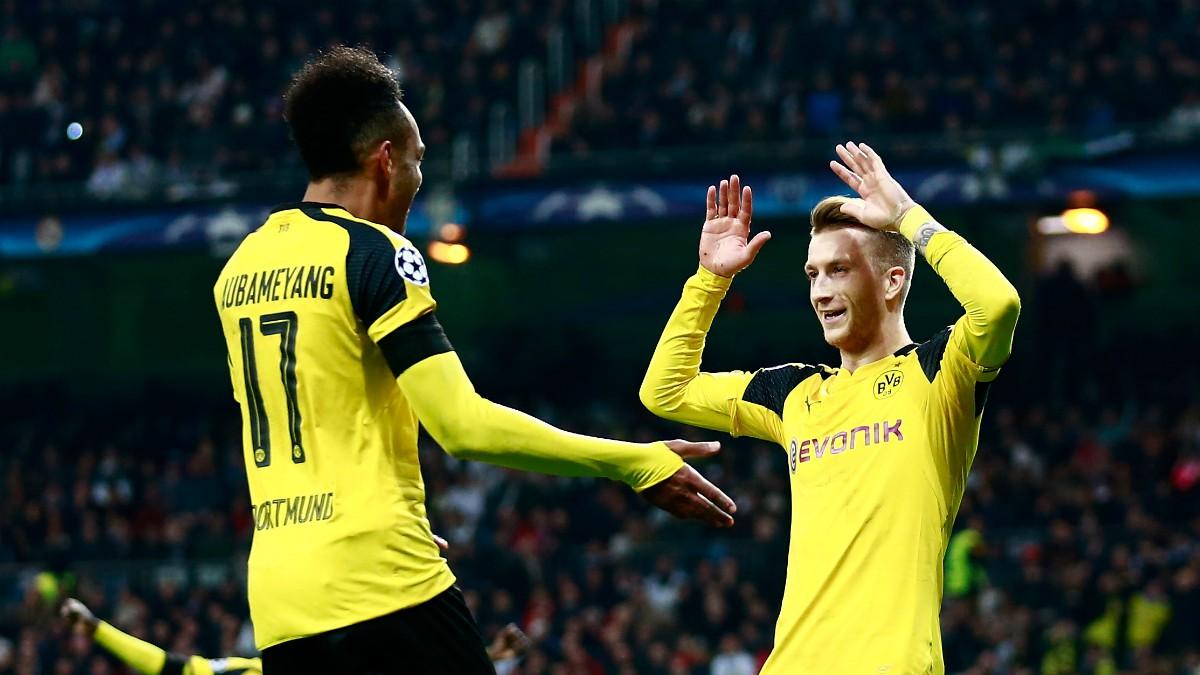 Reus y Aubameyang celebran un gol en el Bernabéu. (Getty)
