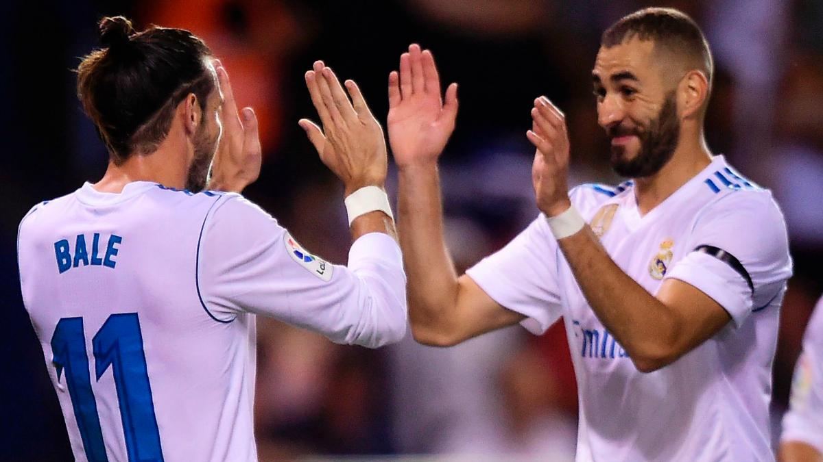 Bale y Benzema celebran uno de sus goles de esta temporada. (Getty Images)