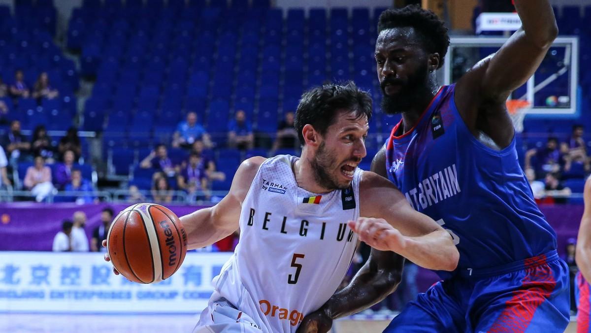 Van Rossom, en su encuentro de debut en el Eurobasket. (Getty)