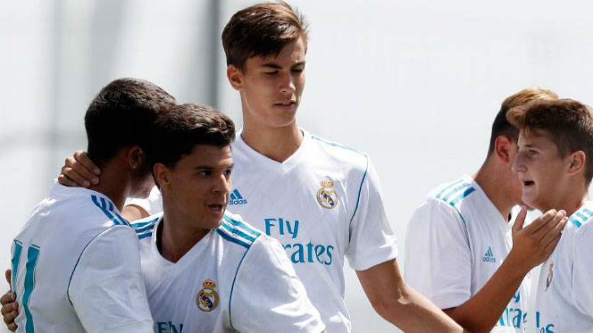 El Juvenil A del Real Madrid celebra un gol. (Realmadrid.com)