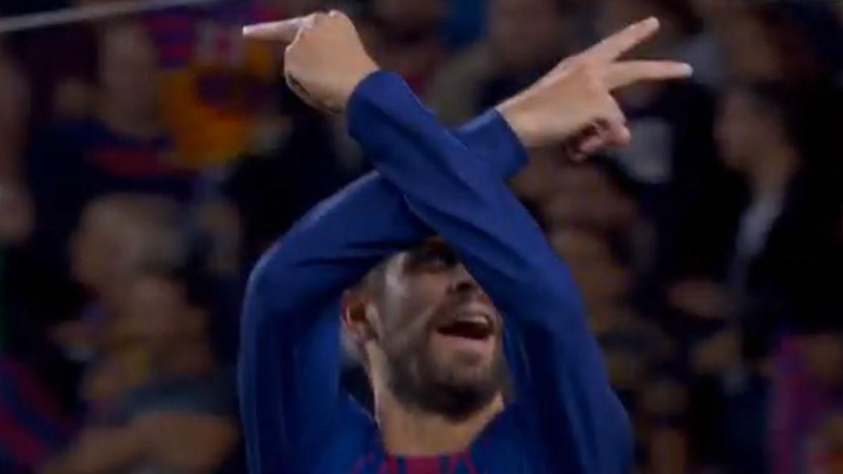 Piqué realizó una peineta para celebrar el cuarto gol ante el Espanyol (GOL).