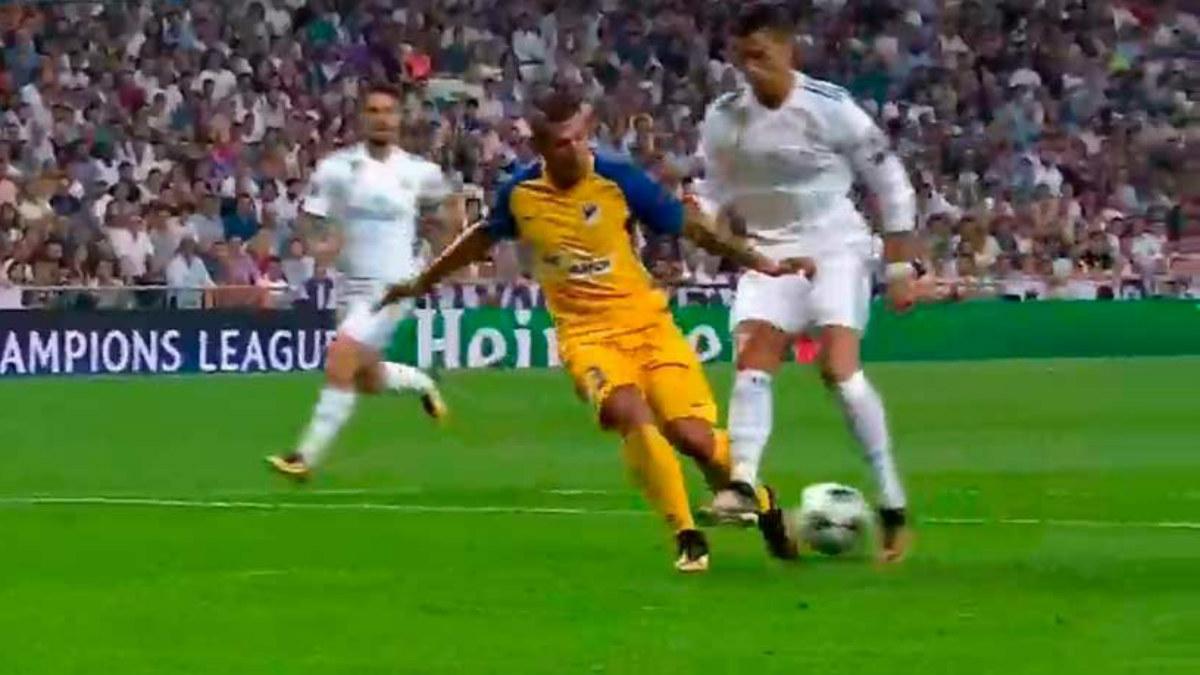 Cristiano Ronaldo fue objeto de penalti ante el Apoel en Champions.