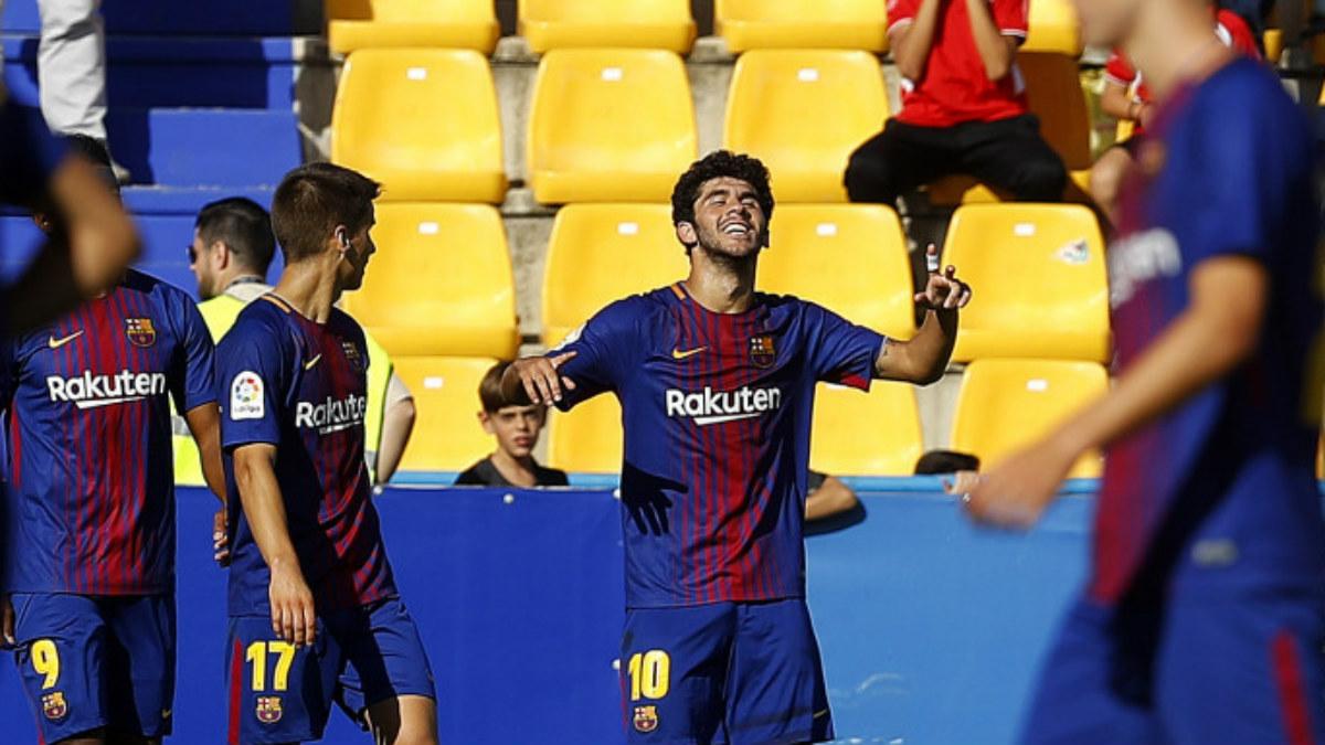 Carles Aleñá celebra un gol con el Barça B. (laliga.es)