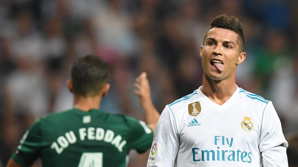 Cristiano Ronaldo se lamenta tras una ocasión (AFP).