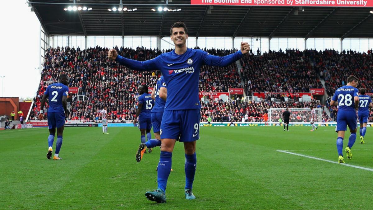 Álvaro Morata celebra uno de los tres goles marcados al Stoke (Getty).
