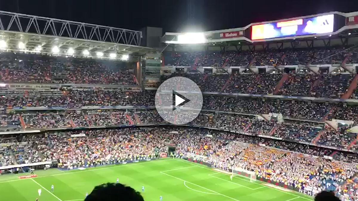 El Bernabéu dio un ejemplo llenándose de banderas españolas.