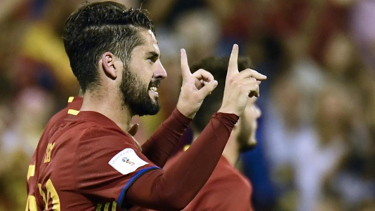 Isco celebra su gol ante Albania. (EFE)