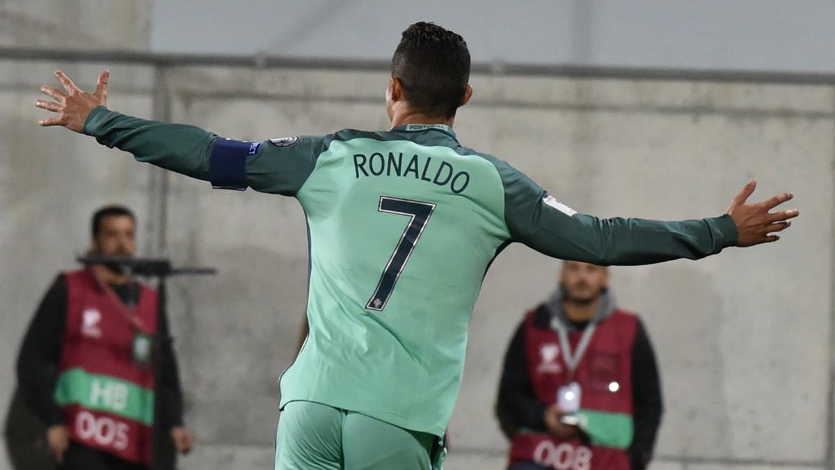 Cristiano Ronaldo celebra su gol a Andorra. (AFP)