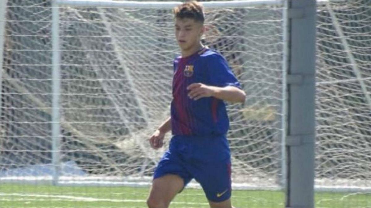 Juan David Fuentes durante un partido con el Barcelona.
