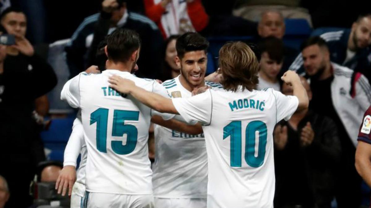 Los jugadores del Real Madrid celebran el segundo tanto, de Marco Asensio (Getty).