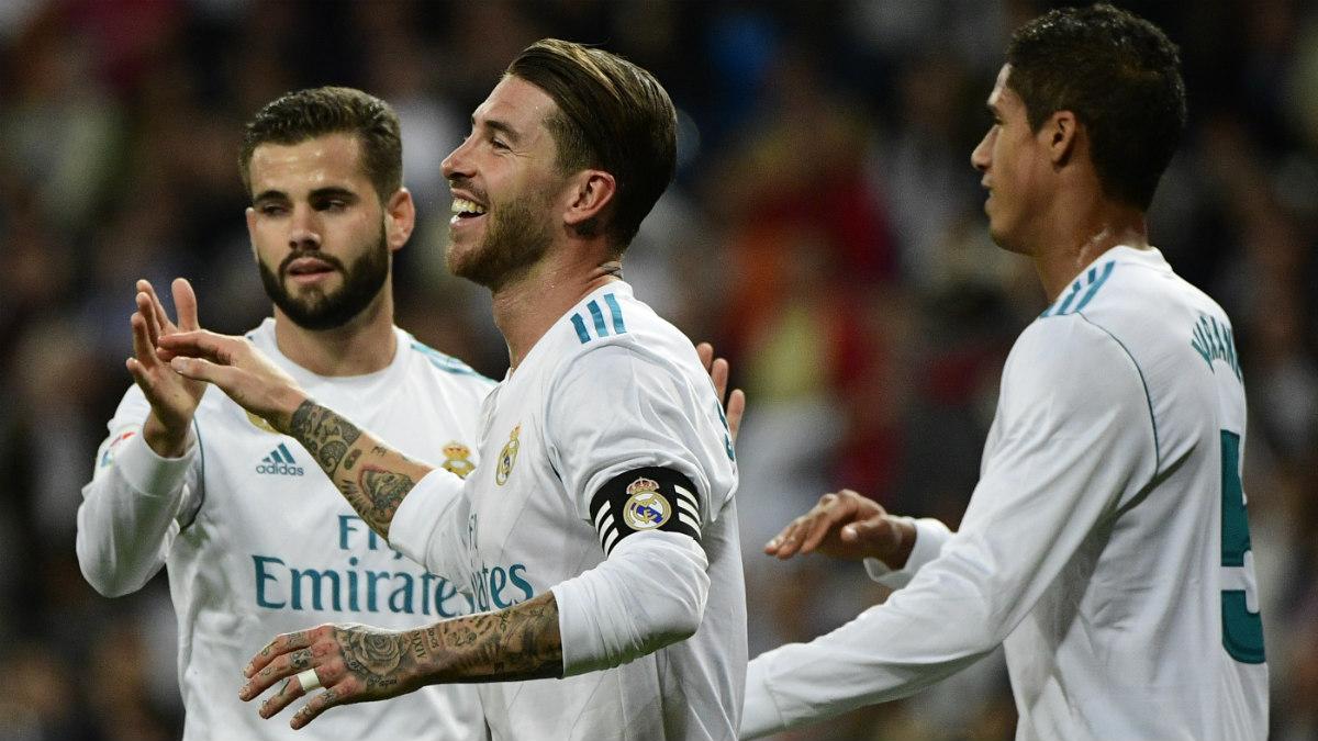 Ramos, Nacho y Varane celebran el 0-1. (Getty)