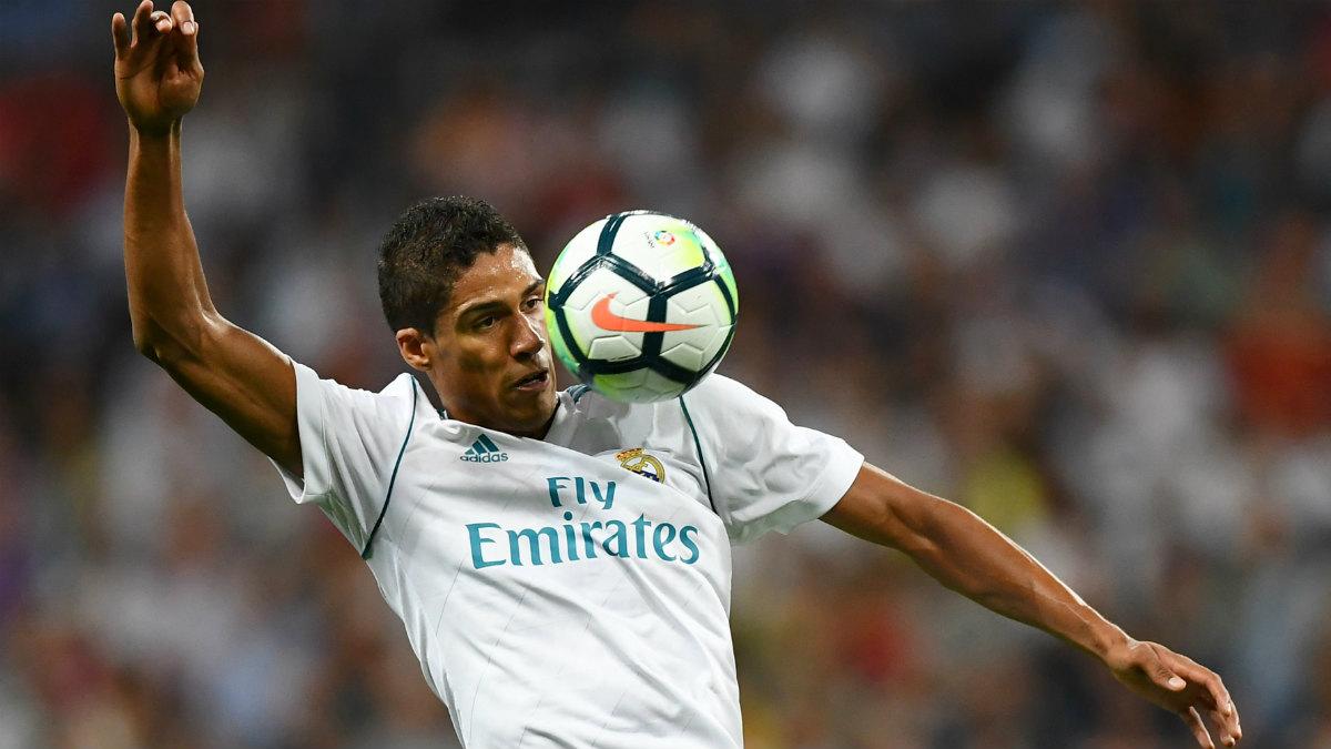 Varane, en un partido con el Real Madrid. (AFP)