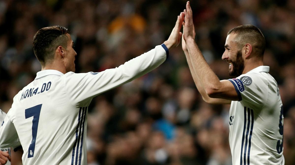 Cristiano y Benzema celebran un gol Champions. (Getty Images)