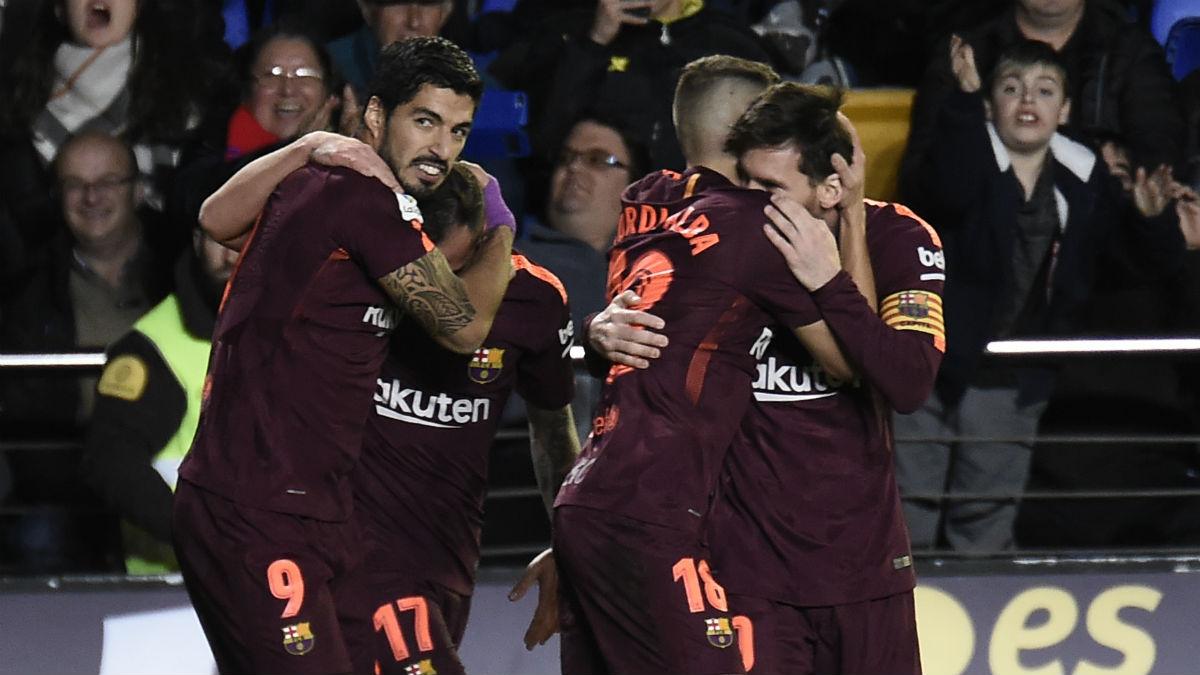 El Barcelona celebra un gol ante el Villarreal. (AFP)