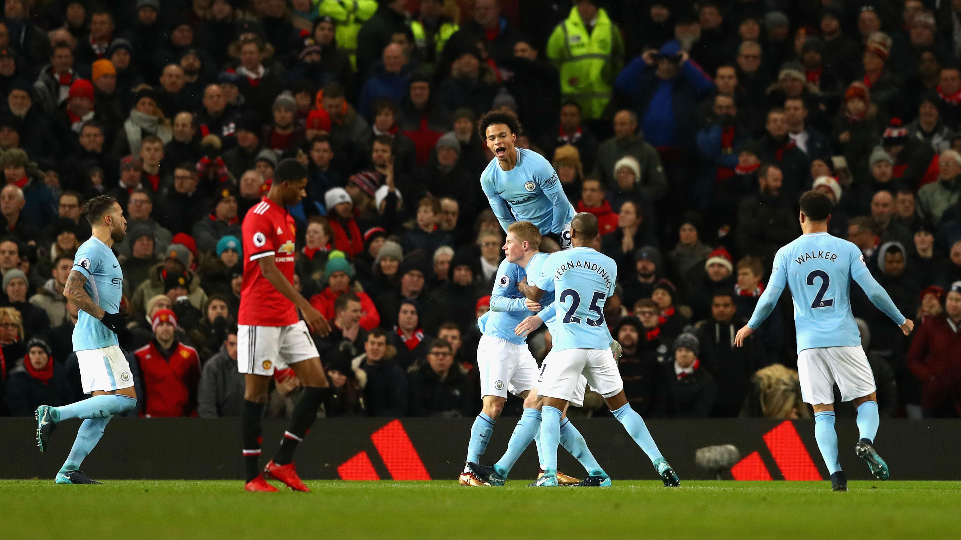 El City celebra uno de sus goles ante el United. (Getty)