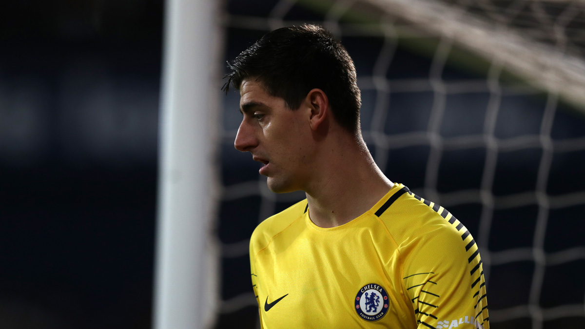 Courtois, en un partido reciente del Chelsea (Getty).