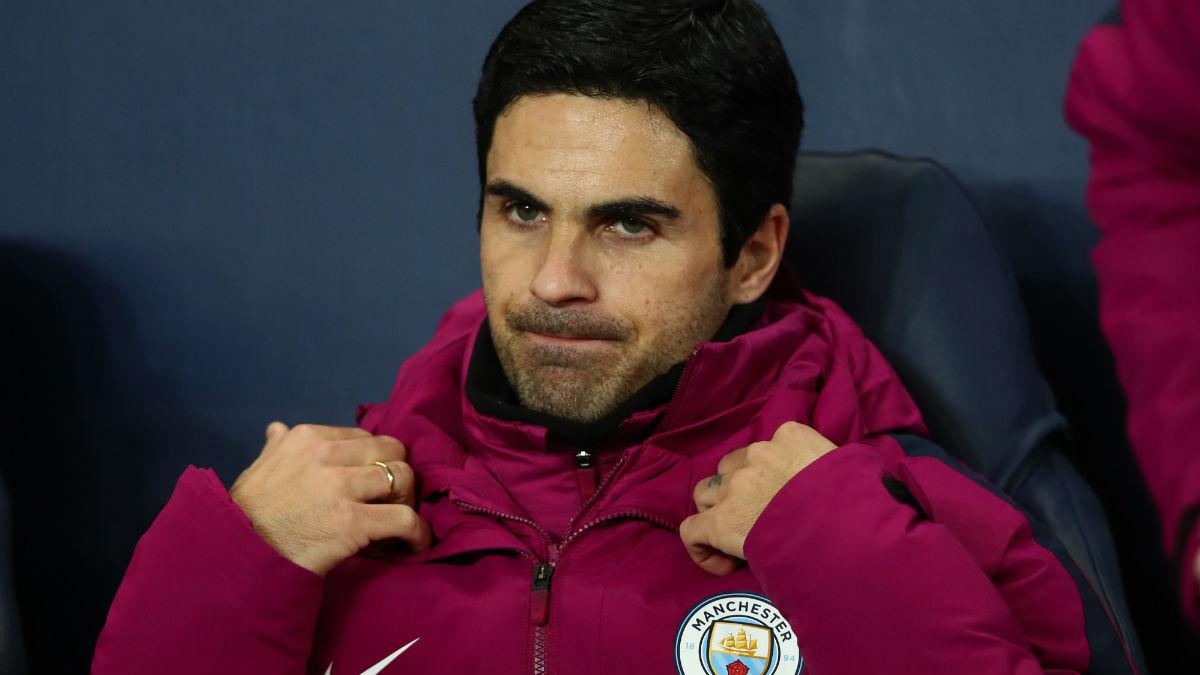 Mikel Arteta, en el banquillo del Manchester City. (Getty)
