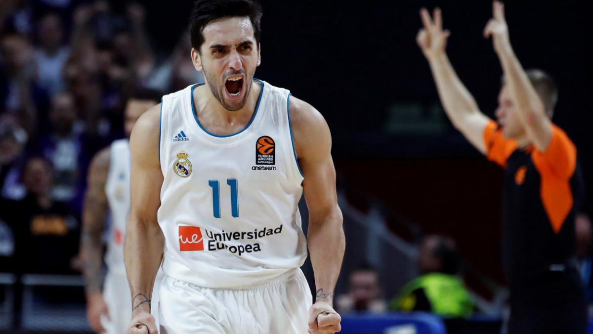 Campazzo celebra una canasta contra el Valencia Basket. (EFE)