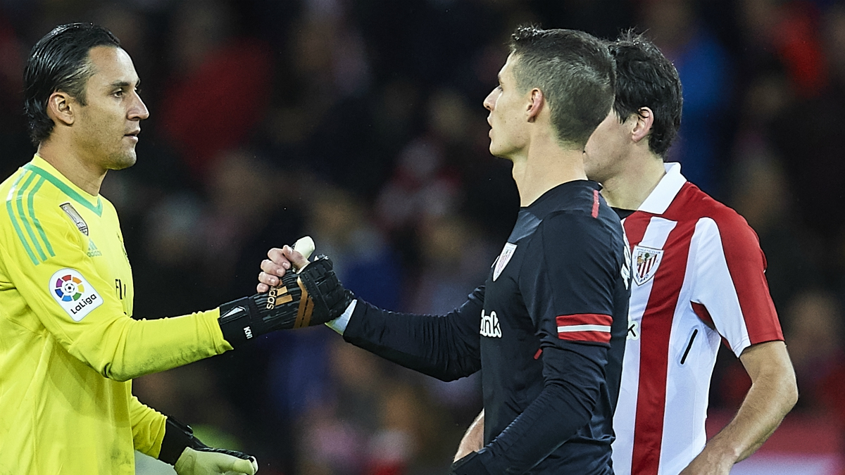 Keylor y Kepa se saludan después del último Athletic-Real Madrid. (Getty Images)