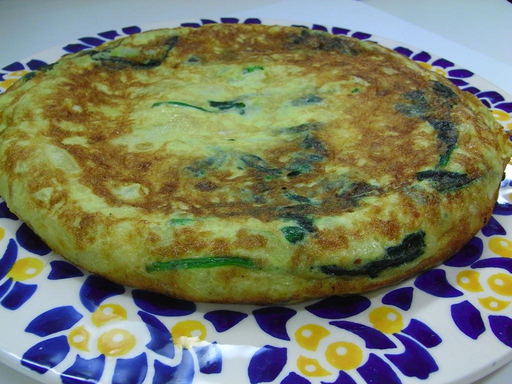Tortilla esponjosa de calabacín y jamón york