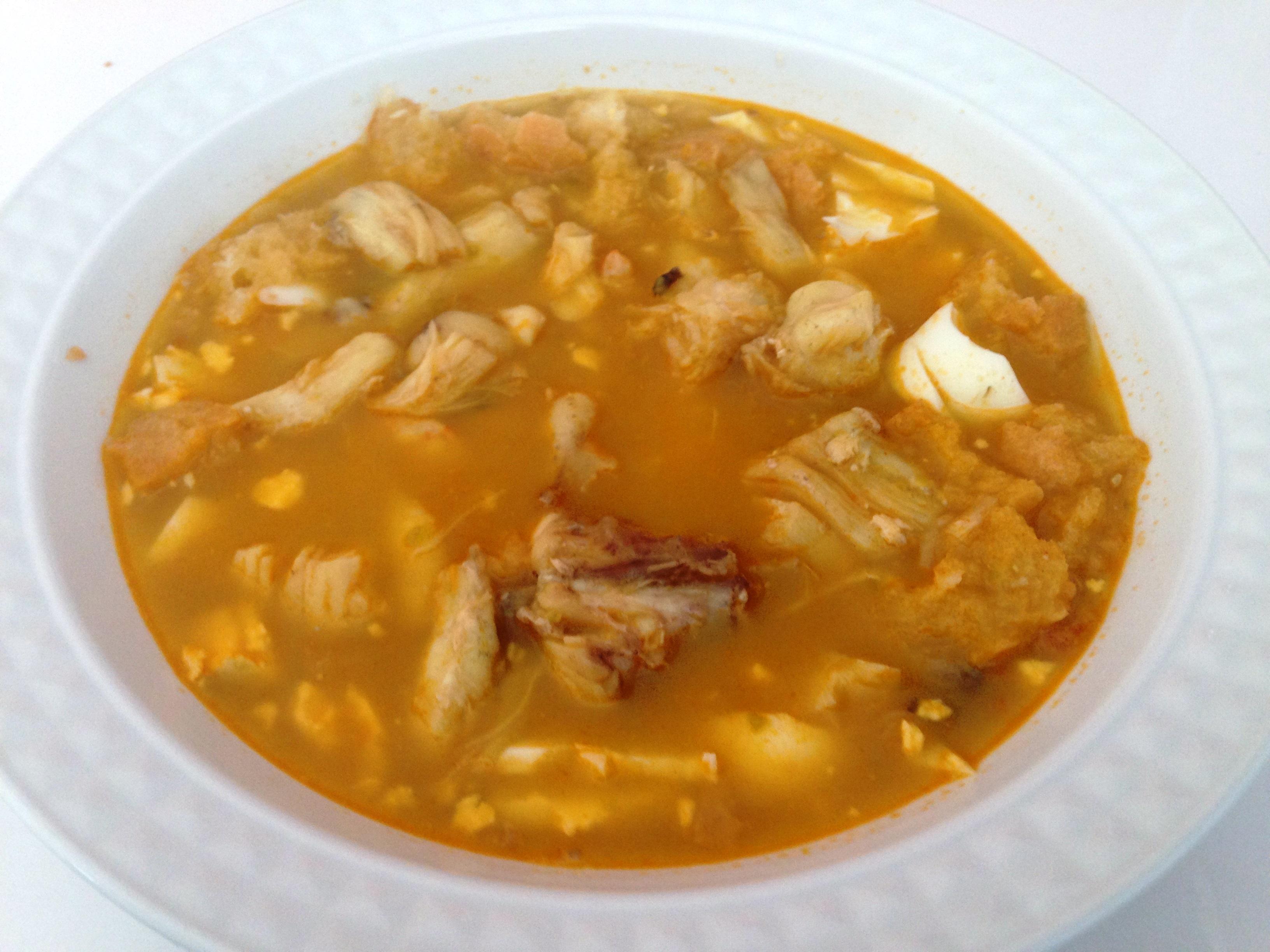 Suculenta sopa de mariscos