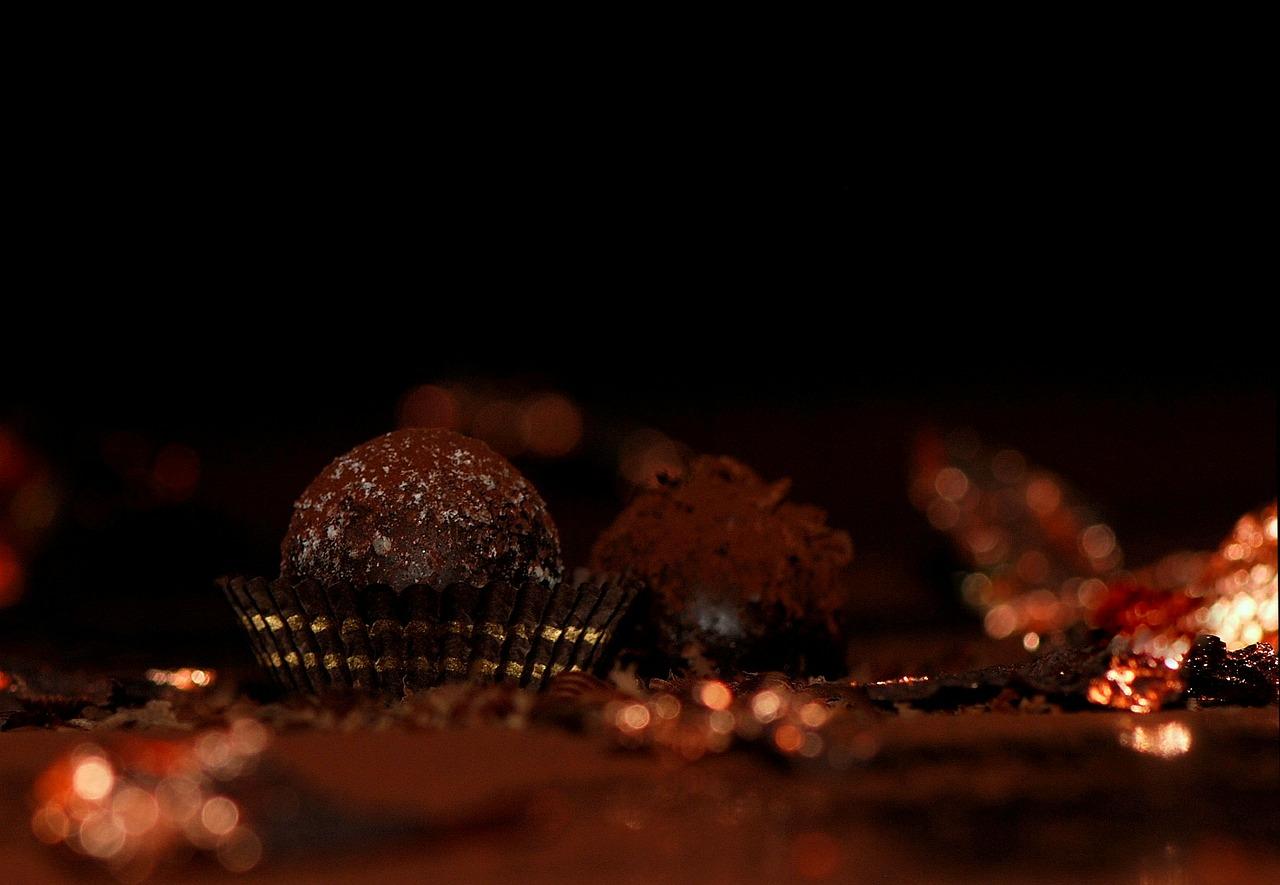 Trufas-de-chocolate-y-cayena1