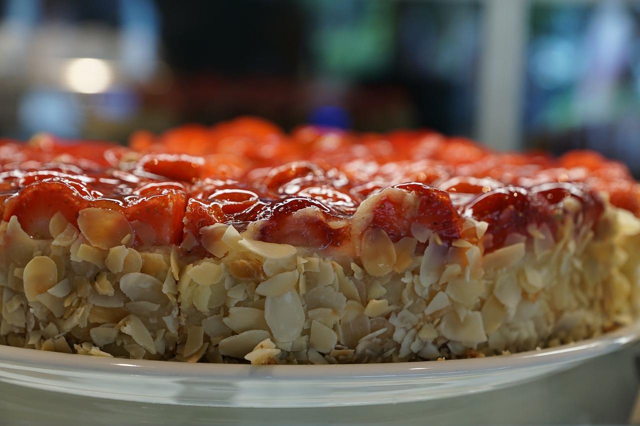 Tarta-almendrada-de-fresas1