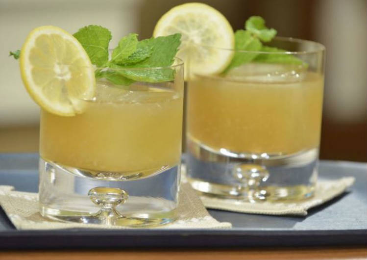 3 cócteles con whisky