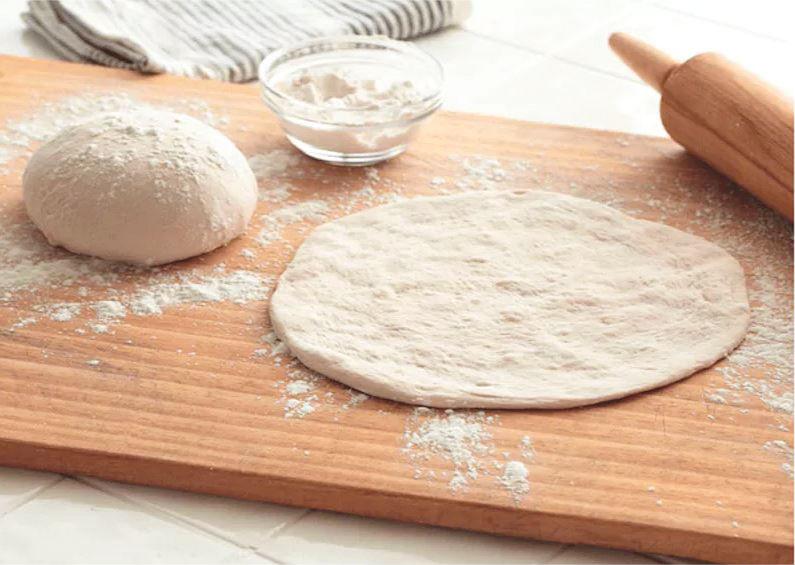 Pizzas fáciles con pan de pita