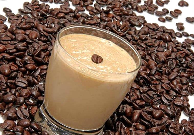 Batido de yogur de café sin azúcar añadido