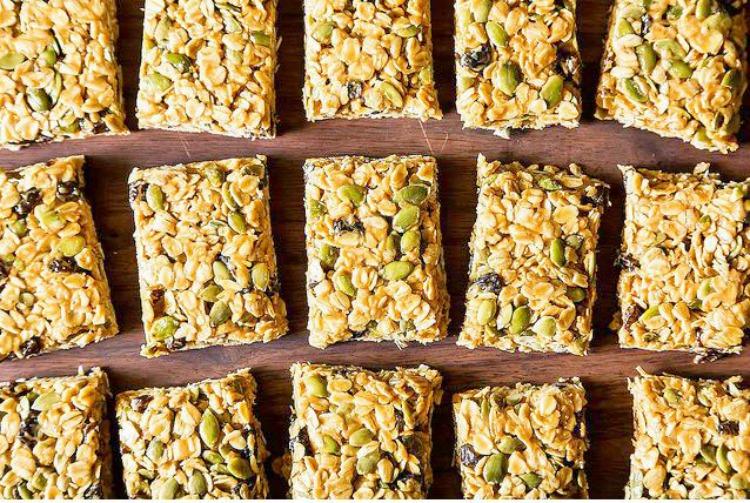 Barritas energéticas de granola sin horno